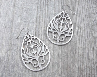 Silver Filigree Earrings - Boho Bridesmaid Earrings - Beach Wedding Jewelry - Tribal Bohemian Earrings