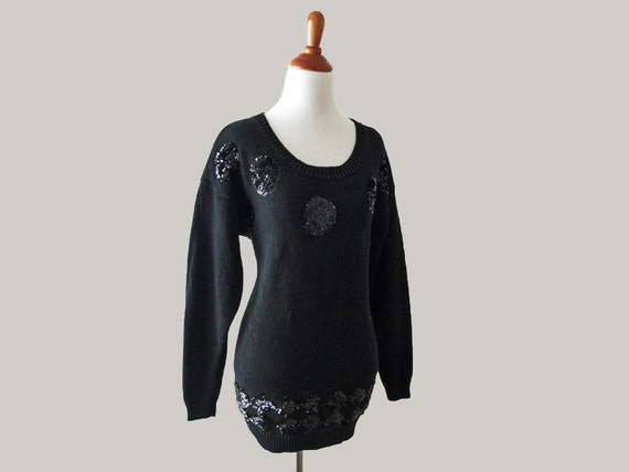 Vintage BLACK SEQUINS Sweater - Holiday Fashion 80s Winter Sweater