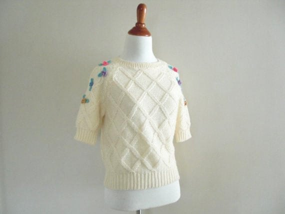Vintage WHITE SWEATER - Pastel Floral 80s Fashion Sweater