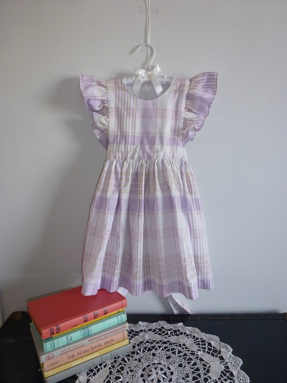 Vintage Girl Pinafore