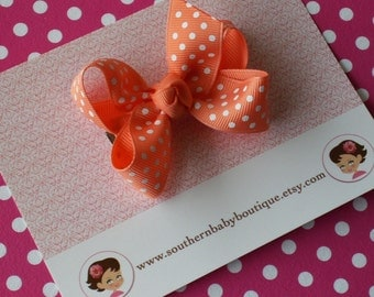 NEW ITEM------Boutique Small Hair Bow Clip-----SWISS Dots-----Peach with White