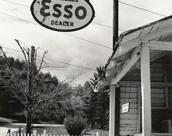 Photography - Esso Sign - Greeting Card (CLEARANCE)