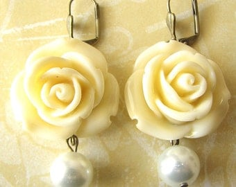 Bridesmaid Jewelry Set Flower Earrings Rose Jewelry Dangle Earrings Ivory Jewelry Drop Earrings Pearl Jewelry Gift for Her