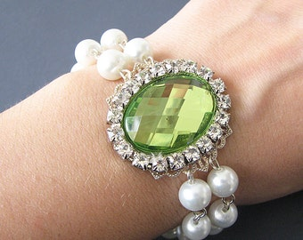 Bridesmaid Jewelry Bridal Bracelet Wedding Jewelry Green Bracelet Pearl Bracelet Bridal Jewelry