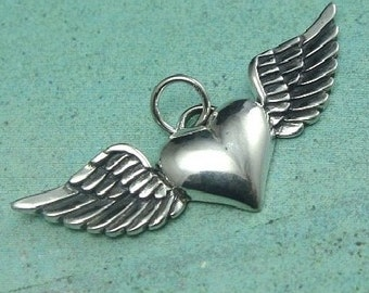 925 Sterling Silver Heart with Wings Charm-31x15x3mm