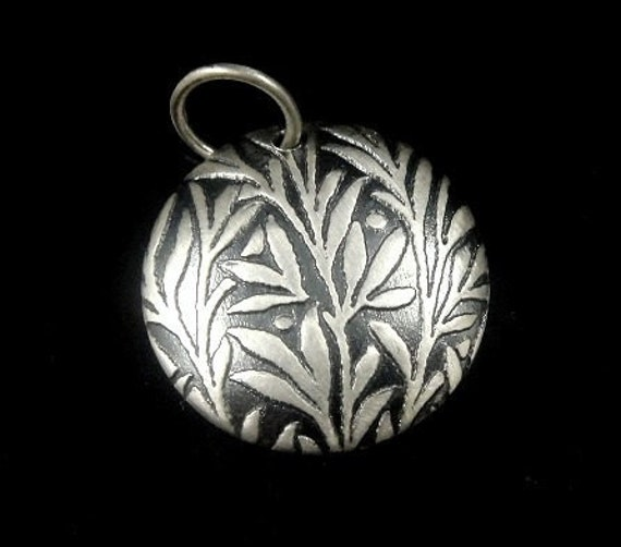 1 Bali Sterling Silver Medium Domed Printed Willow Pendant- 18mm