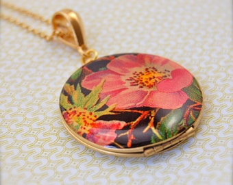 The Retro Floral Locket - Vintage