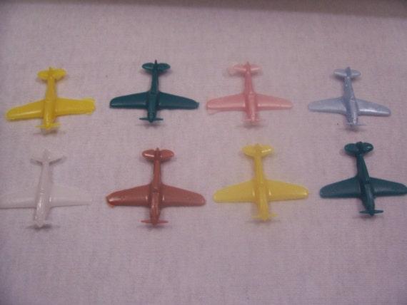 Vintage miniature airplanes lot of 8