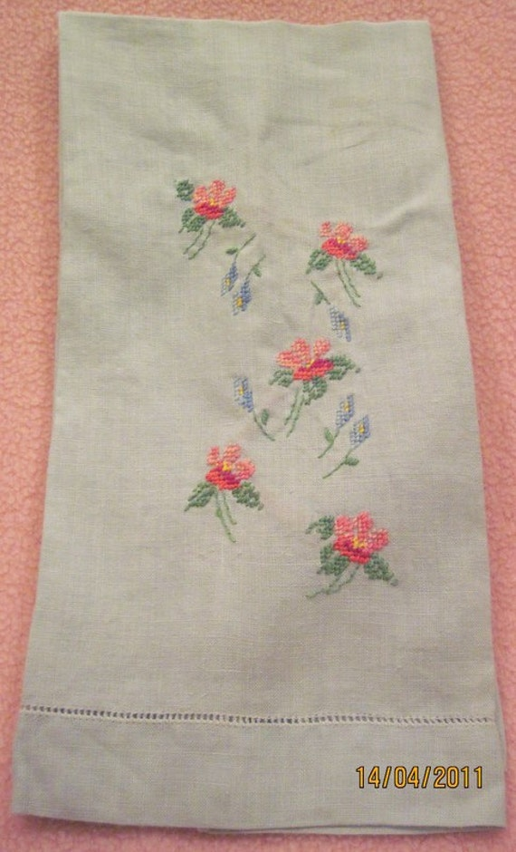 Antique Embroidered Towel blue with pink flowers