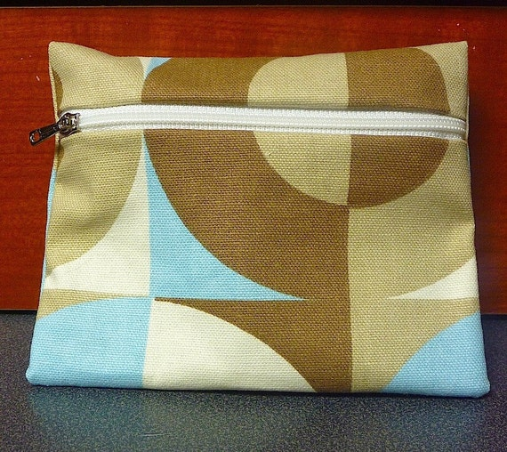 Blue and Tan Coin Purse MODERN IMAGE