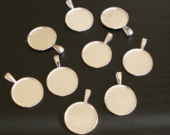 25 - Silver one inch round pendant tray for photo charm, resin or other cabochon pendants - silver plated - Lead free