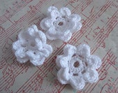 Crochet flowers - white