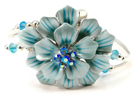 Beaded Bracelet Blue Large Flower Womens Double Strand