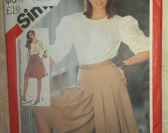 Walking Shorts Size 16 Simplicity 5577