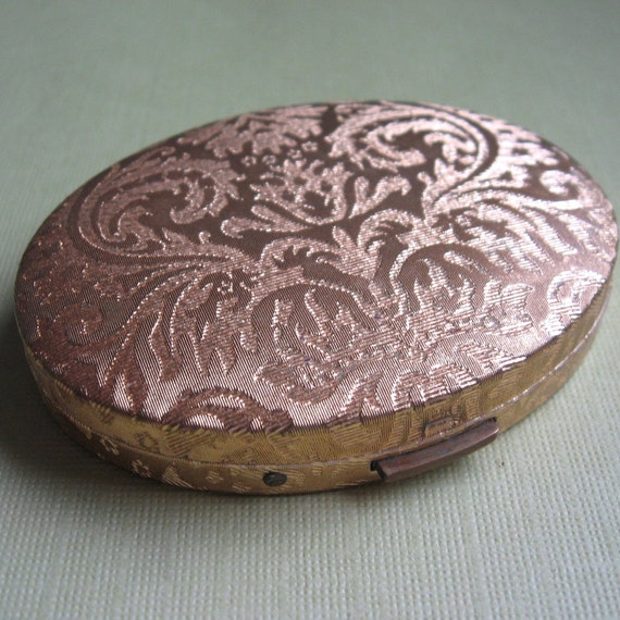 Vintage Womens Compact Mirror Oval Shaped Gold Tone Embossed