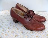 r  e s e r v e d  1940s Oxford Shoes Vintage // Pinhole Chestnut Sieberling