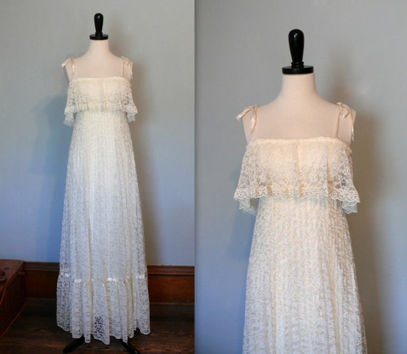 Cream Wedding Gown: Vintage 1970s Dress // Cream Lace Wedding Dress