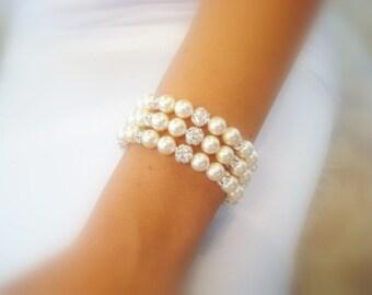 Pearl Wedding bracelet, Crystal Bridal bracelet, Wedding jewelry, Swarovski crystal bracelet, Cuff bracelet, Rhinestone bracelet, Statement