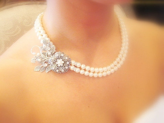 Bridal pearl necklace, vintage style necklace with Swarovski ivory pearls and Swarovski crystals, wedding jewelry
