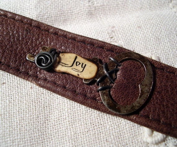 Steampunk Bracelet Leather Cuff Skeleton Key Joy
