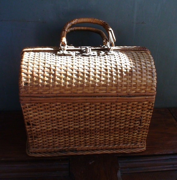 Vintage Carry All Basket