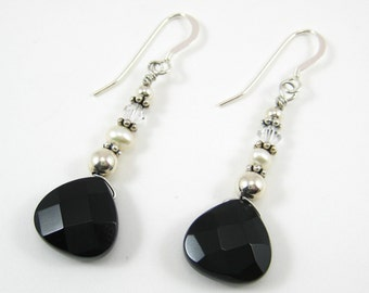 Onyx and Pearl Earrings (E37)