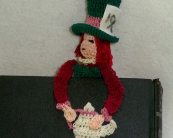 the mad hatter thread crochet bookmark, alice in wonderland decoration, back to school, unique bookmark, mad hatter decor, readers gift