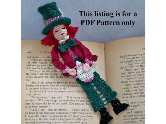 crochet pdf pattern, mad hatter bookmark, amigurumi thread crochet instructions, alice in wonderland DIY bookmark