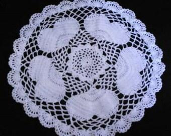 New Valentine  Chubby Hearts Crocheted White Lace Doily Handmade 11 inch diameter