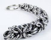 Chainmaille Keychain - Thick Byzantine Pattern