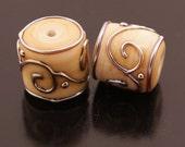Metallic Scrolls Crackle Cream Handmade Lampwork Beads Ivory Barrels Earring Pair Heather Behrendt (1039) BHV SRA LETeam