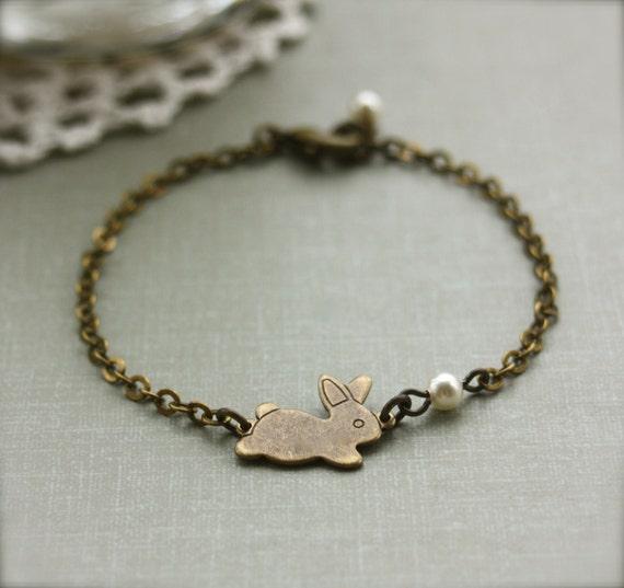 Rabbit Bracelet. A Tiny Bunny Bracelet. Antiqued Bronze Rabbit Bunny, Ivory Pearl Bracelet. Bridesmaid Gifts. Sister. Daughter. Best Friend
