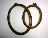 Vintage Oval Embroidery Hoop. Small.
