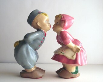 Dutch Girl Dutch Boy Vintage Chalkware Figurines Kitsch Kissing