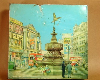 Vintage English Tin Piccadilly Square