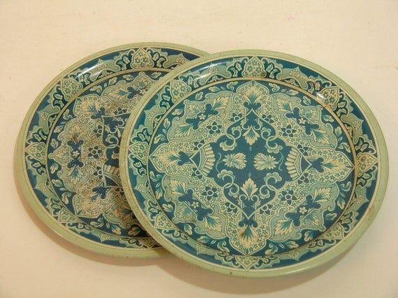 Vintage Tin Plates 106