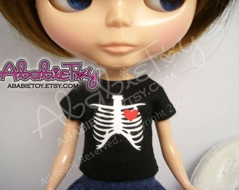 Black Cotton Fitted TEE for Blythe or Pullip - Rib Cage with Heart Graphic