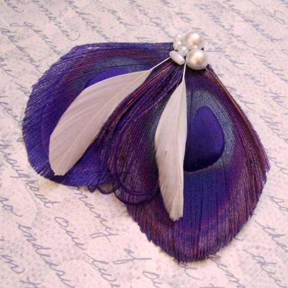CAPRI PEARL - Purple Peacock Feather Clip with Ivory and Pearls