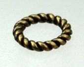 20 pcs of Antique Brass Rope Soldered Link Jumpring - 9.5mm 14G