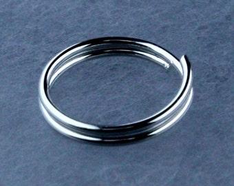 200 pcs of Rhodium Finished Split Rings - 10mm