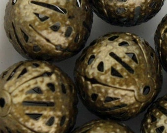 50 pcs of Antique Brass Filigree Round Beads Spacer - 10mm