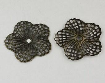 12 pcs of Antiqued Brass finished Hibiscus Flower filigree focal L:ink - 34mm