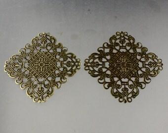 50 pcs of Antiqued brass filigree drop 50x50mm