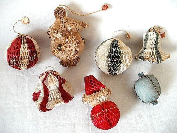 reserved for donna 7 vintage 1950s paper christmas ornaments. Black Bedroom Furniture Sets. Home Design Ideas