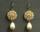 Vintage Wedding Earrings -- Bridal Earrings, Rhinestone Pearl Earrings, Bridal Jewelry, Wedding Jewelry, Gold, Swarovski -- VINTAGE GLAMOUR