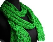 Lace Spring Scarf in Bamboo Cotton And Silk in Leaf Green