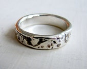 Silver Birch Bark Wedding Ring. Simple Silver Patterned Wedding Ring. Rustic Silver Ring. Wood Grain Wedding Ring
