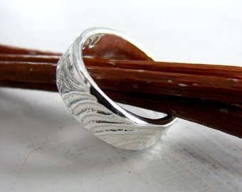 Sterling Silver Wood Grain Ring Wedding Ring. I Love You. Keepsake