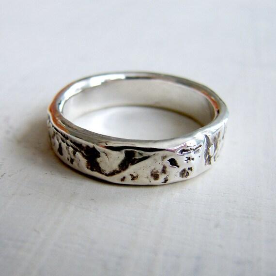 Silver Birch Bark Wedding Ring. Simple Silver Patterned Wedding Ring. Rustic Silver Ring. Wood Grain Wedding Ring
