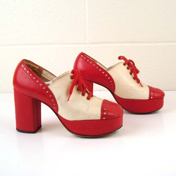 vintage 1970s platform shoes made by qualicraft and white